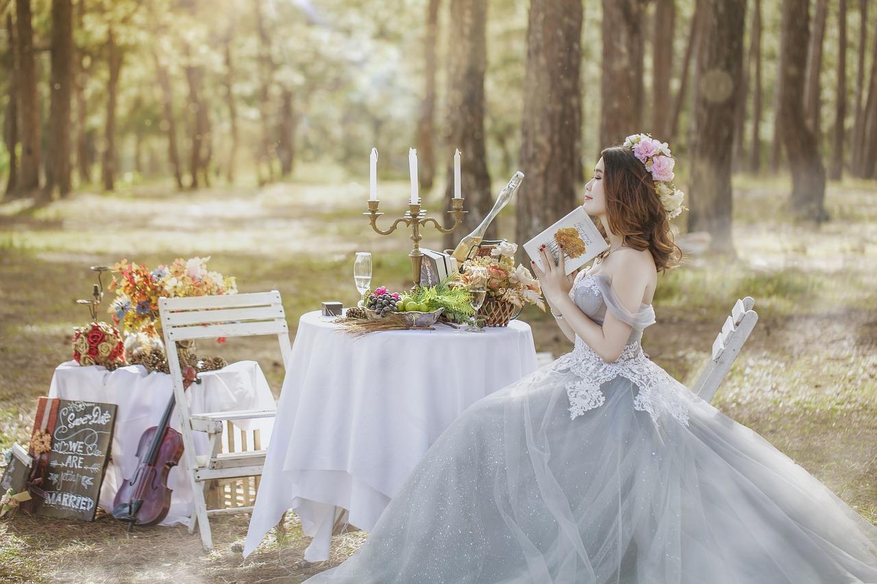 結婚を夢見る女性