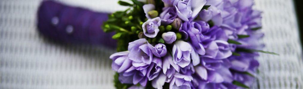 紫のブーケ